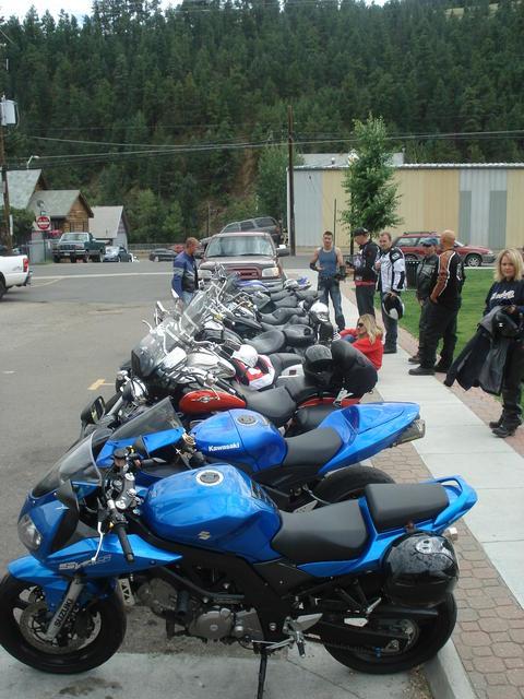 Mt. Evans lunch break line-up